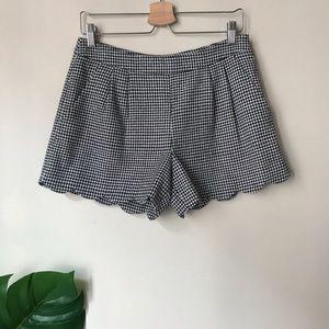 Gianni Bini   Scallop Houndstooth Wool Shorts 6